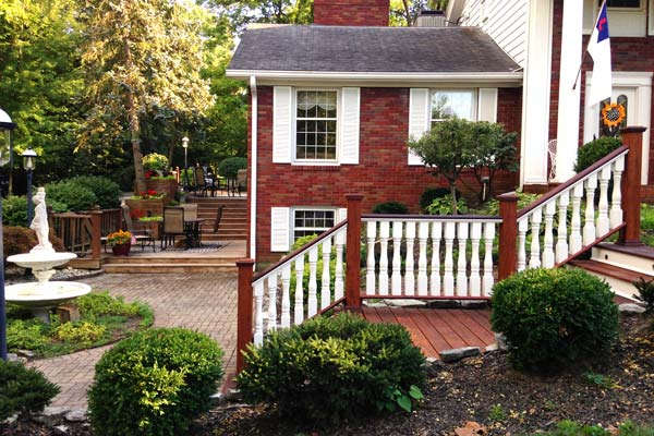Spindles and Balusters - What's the Difference?